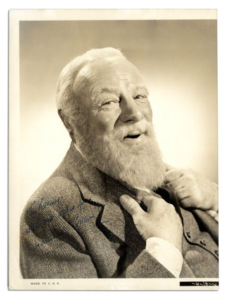 Edmund Gwenn 8'' x 10'' Signed Photo of Himself as the Kindly Kris Kringle From ''Miracle on 34th Street''