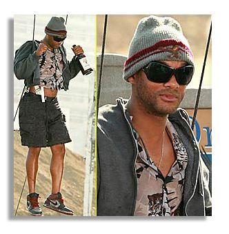 Lot Detail - Screen-Worn Wardrobe From Will Smith s 2008 Comedy ... 7f661e56f80