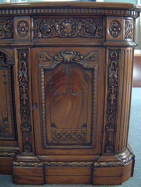White house oval office desk Secret Service White House Oval Office Resolute Desk Tibet Bazaar Lot Detail White House Oval Office Resolute Desk