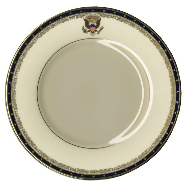 President Franklin D. Roosevelt Official White House China Dinner Plate -- Fine