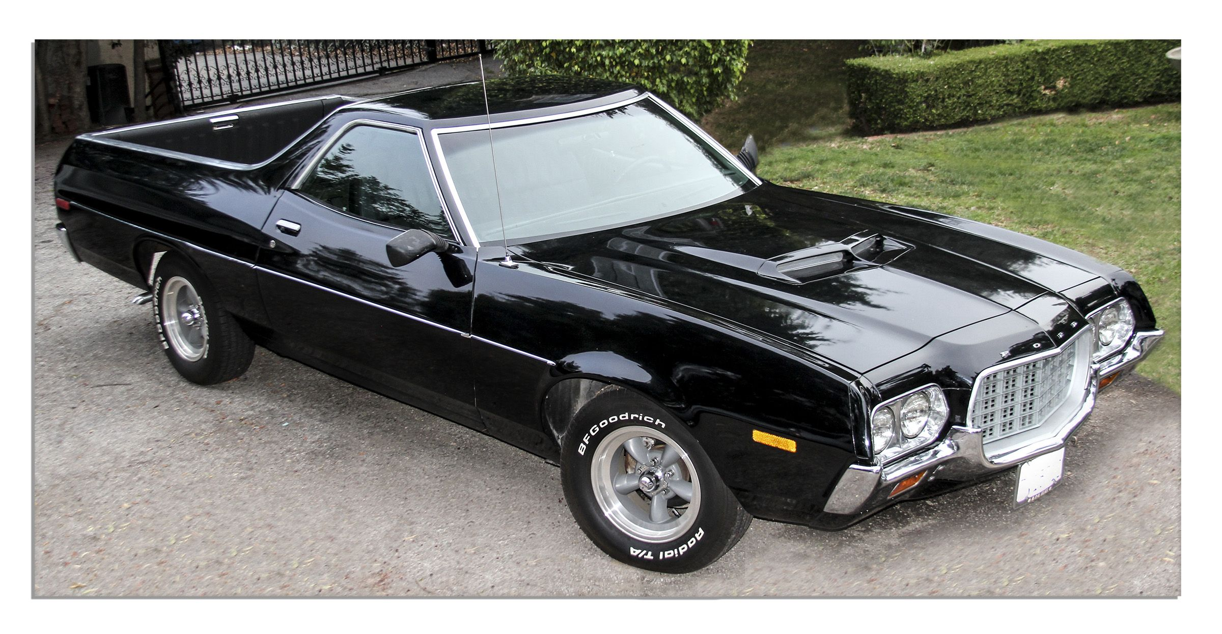 Classic  Ford Ranchero Automobile