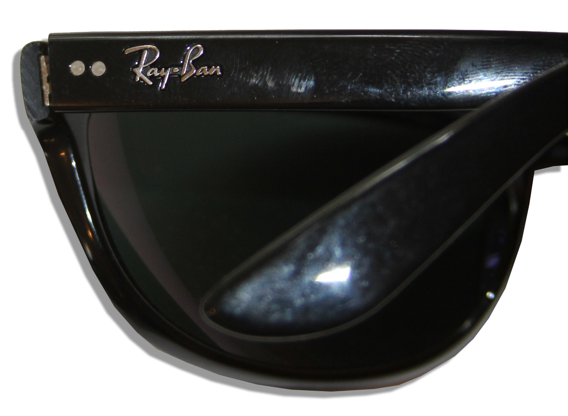 Used Ray Ban Sunglasses  lot detail men in black 3 ray ban sunglasses used by josh brolin