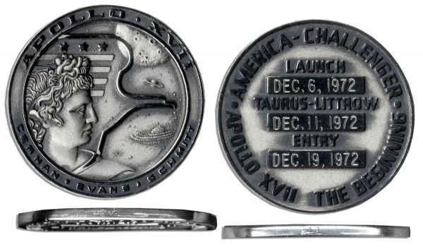 Jack Swigert's Own Apollo 17 Flown Robbins Medal, Serial Number 41 Apollo Flown Crewman Optical Alignment Sight