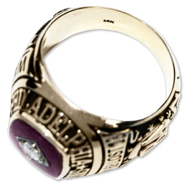 Chet ''The Jet'' Walker's NBA Championship Ring From 1967