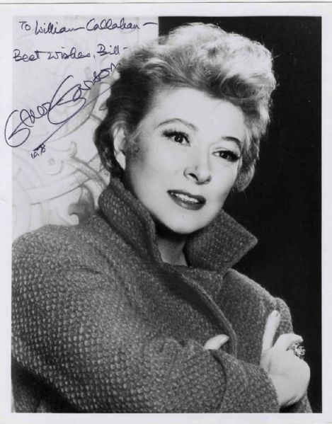 Actress Greer Garson Signed Photo -- 8'' x 10'' -- Near Fine