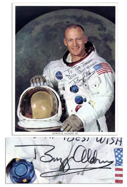 Buzz Aldrin Signed 8'' x 10'' NASA Photo