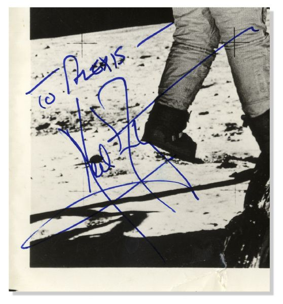 Neil Armstrong Moonwalker Signed 8'' x 10'' Photograph