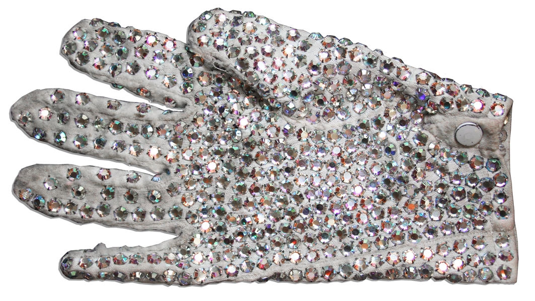 Michael Jackson glove auction Michael Jackson Personally Owned Trademark White Sequined Glove -- Gifted to the Artist He Commissioned for Neverland, Circa 1984