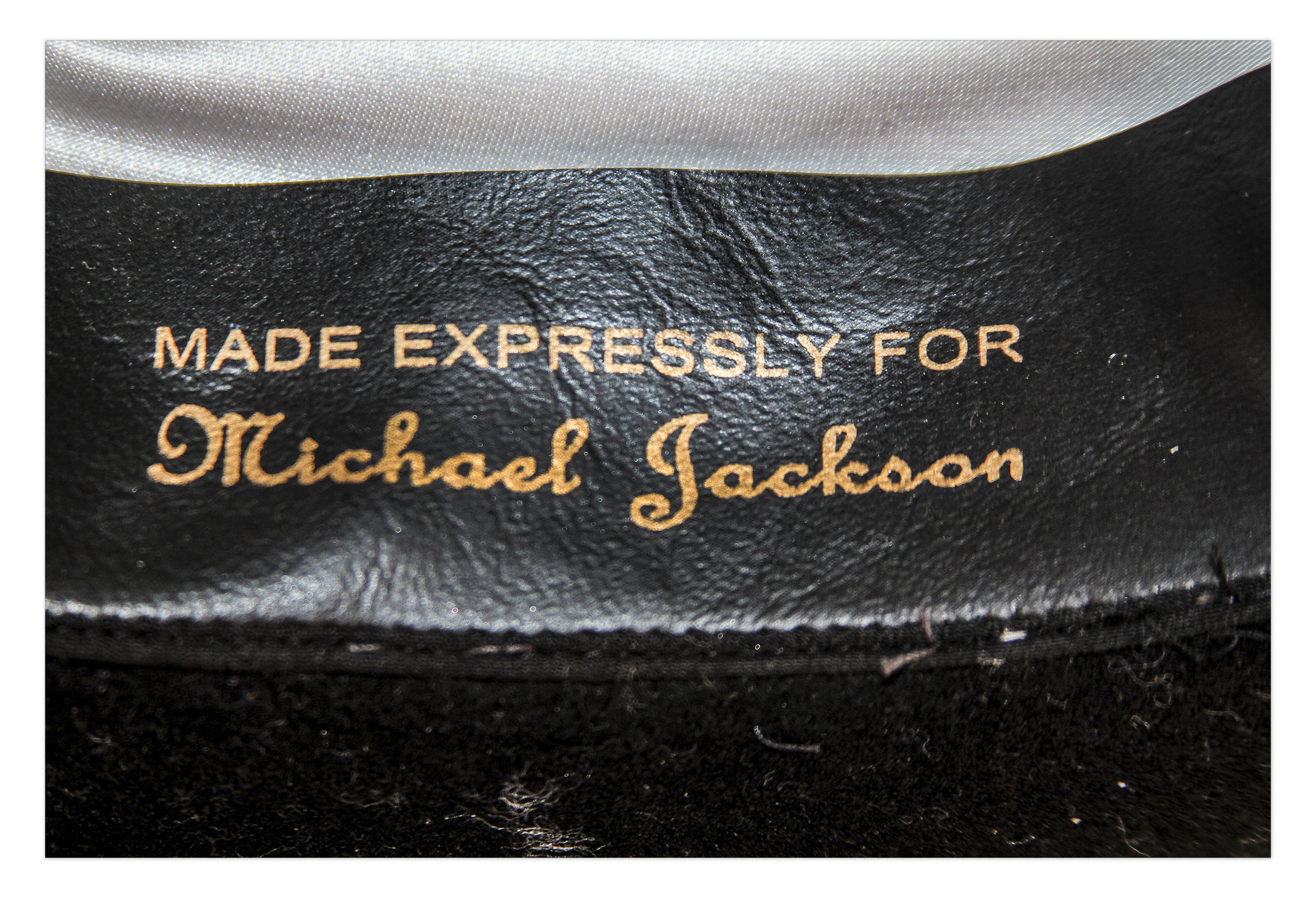 608a361b6975d ... Michael Jackson s Famous Stage-Worn Black Fedora -- From 1984   Victory