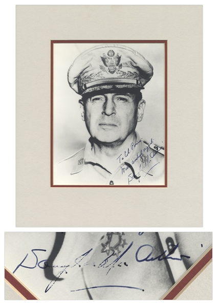 WWII General Douglas MacArthur Signed 8'' x 10'' Photo