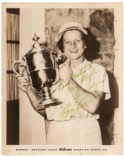 Babe Zaharias Signed 8'' x 10'' Photo, Holding the Trophy From Her Record-Breaking U.S. Open in 1954