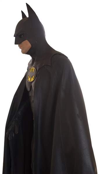 Dark Knight Rises memorabilia The Batsuit Worn by Michael Keaton in ''Batman Returns'' From 1992 -- Measures Over 6' Tall on Custom Display