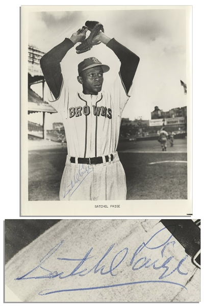 HOFer Satchel Paige 8'' x 10'' Photo Signed