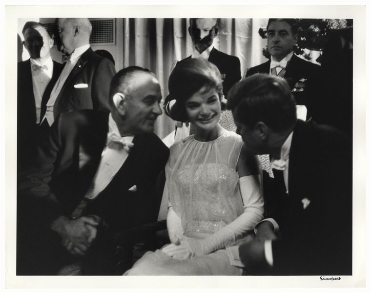 Alfred Eisenstaedt Signed 14'' x 11'' Photograph of John F. Kennedy, Jackie Kennedy & Lyndon Johnson -- From the 1961 Inaugural Ball