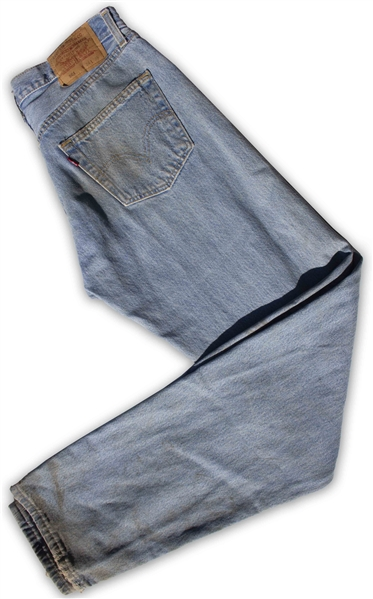 Heath Ledger's Worn Outfit From ''Brokeback Mountain'' -- Iconic Wardrobe of Levi's Jeans & Ranch-Hand Gloves
