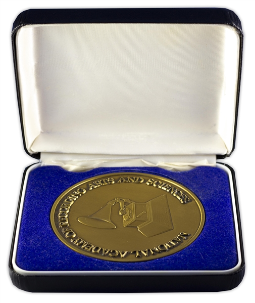 Grammy Medal Awarded to Kathy Mattea