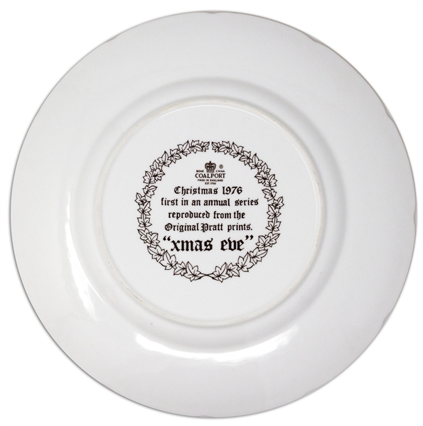 Margaret Thatcher Personally Owned Christmas Plate, Made of Porcelain China, Dated 1976