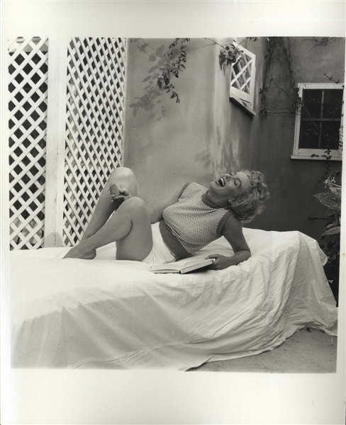 Original 8'' x 10'' Photograph of Marilyn Monroe Taken by Andre de Dienes in 1953 -- ''Marilyn was the happiest woman in the world'' During This Shoot, According to de Dienes