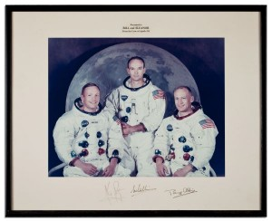 Apollo 11 Signed 13.75'' x 10.75'' Crew Photo neil armstrong autograph