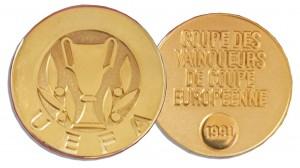 46451 Football Medal Auction
