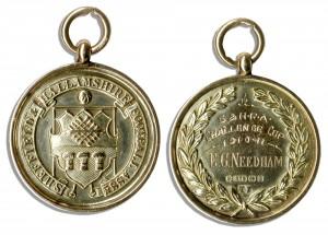 48613 Football Medal Auction